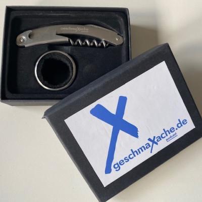 Korkenzieher und Tropfschutzring mit geschmaXache Logo